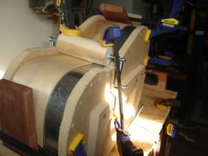 bending acoustic guitar sides
