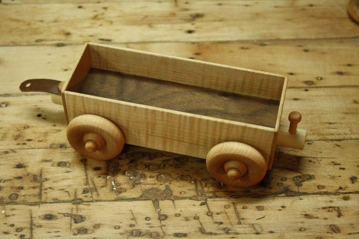 how to make a wooden train