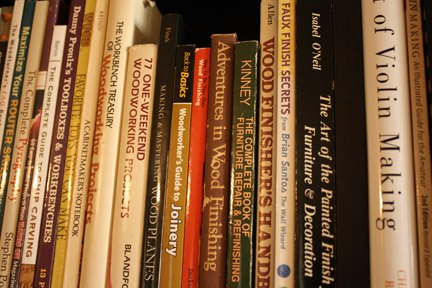 Build a Woodworking Library For A Low Price