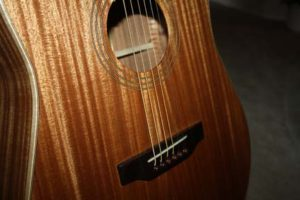 How-to-Make-an-Acoustic-Guitar-Mahogany-Dreadnought