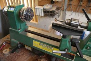 Essential-Wooden-Ring-Making-Tool-List-the-lathe