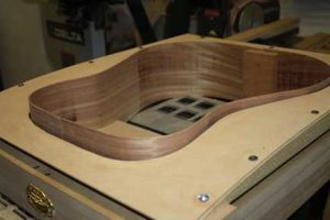 How-to-Make-an-Acoustic-Guitar-Series--Part-Ten--Blocks-and-Tapering-sides-in-the-mold-with-the-jig
