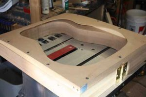 How-to-Make-an-Acoustic-Guitar-Series--Part-Ten--Blocks-and-Tapering-tapering-jig-on-the-outside-mold