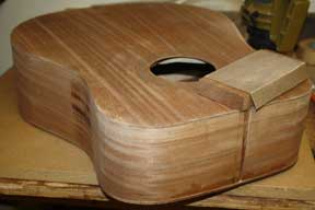How-to-Make-an-Acoustic-Guitar-Series-Part-Fifteen-Rabbets-for-Binding-sanding-the-body